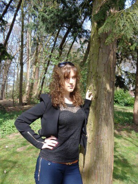 Katell, 20 cherche une rencontre